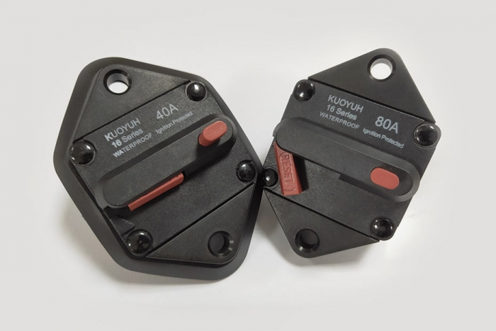 16P-Series Ignition Protected Circuit Breaker
