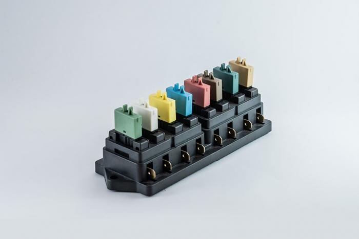 102 Series push button circuit breaker